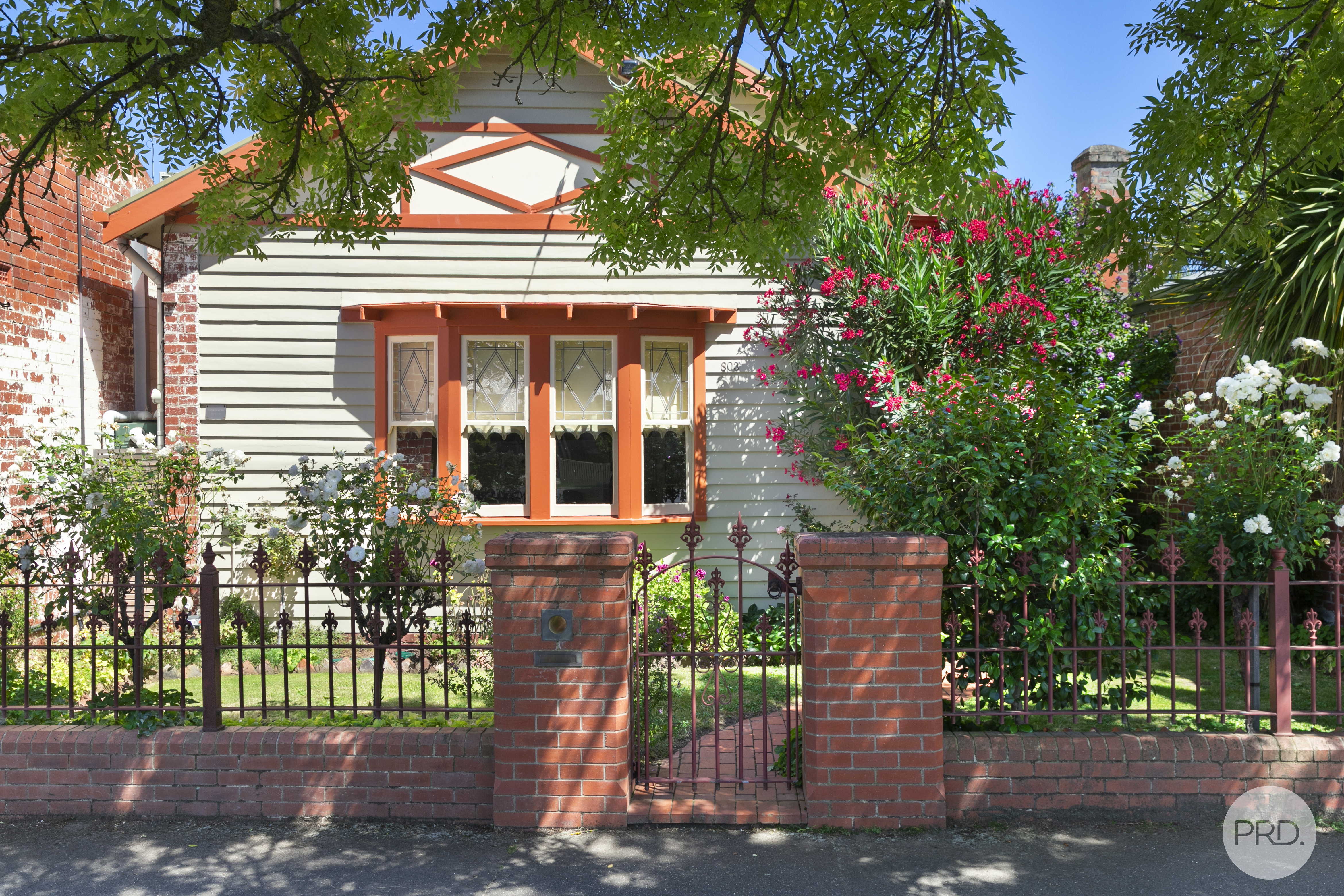 801 & 803, Doveton Street North, SOLDIERS HILL, VIC 3350
