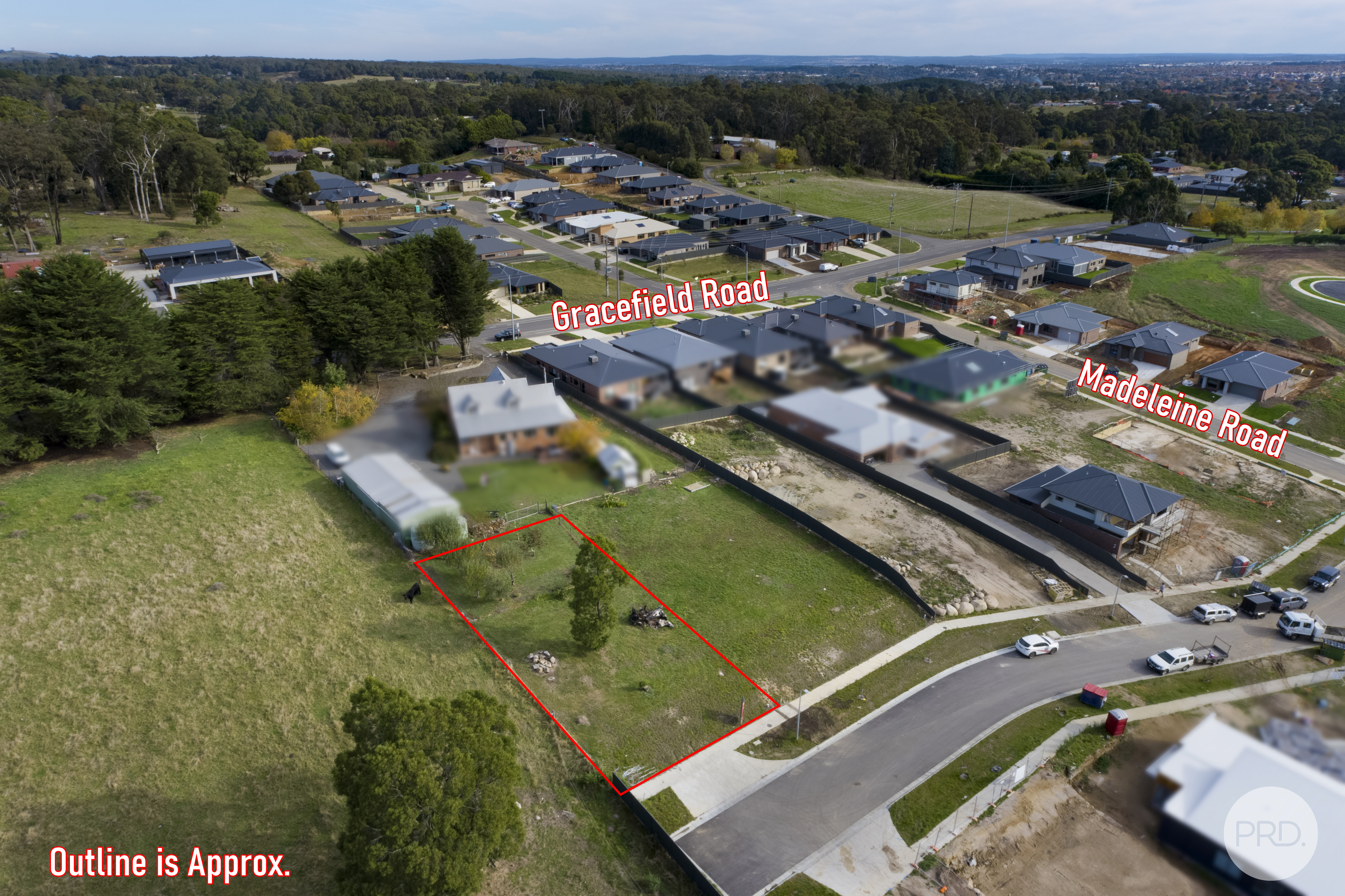 14, Lautaret Road, BROWN HILL, VIC 3350