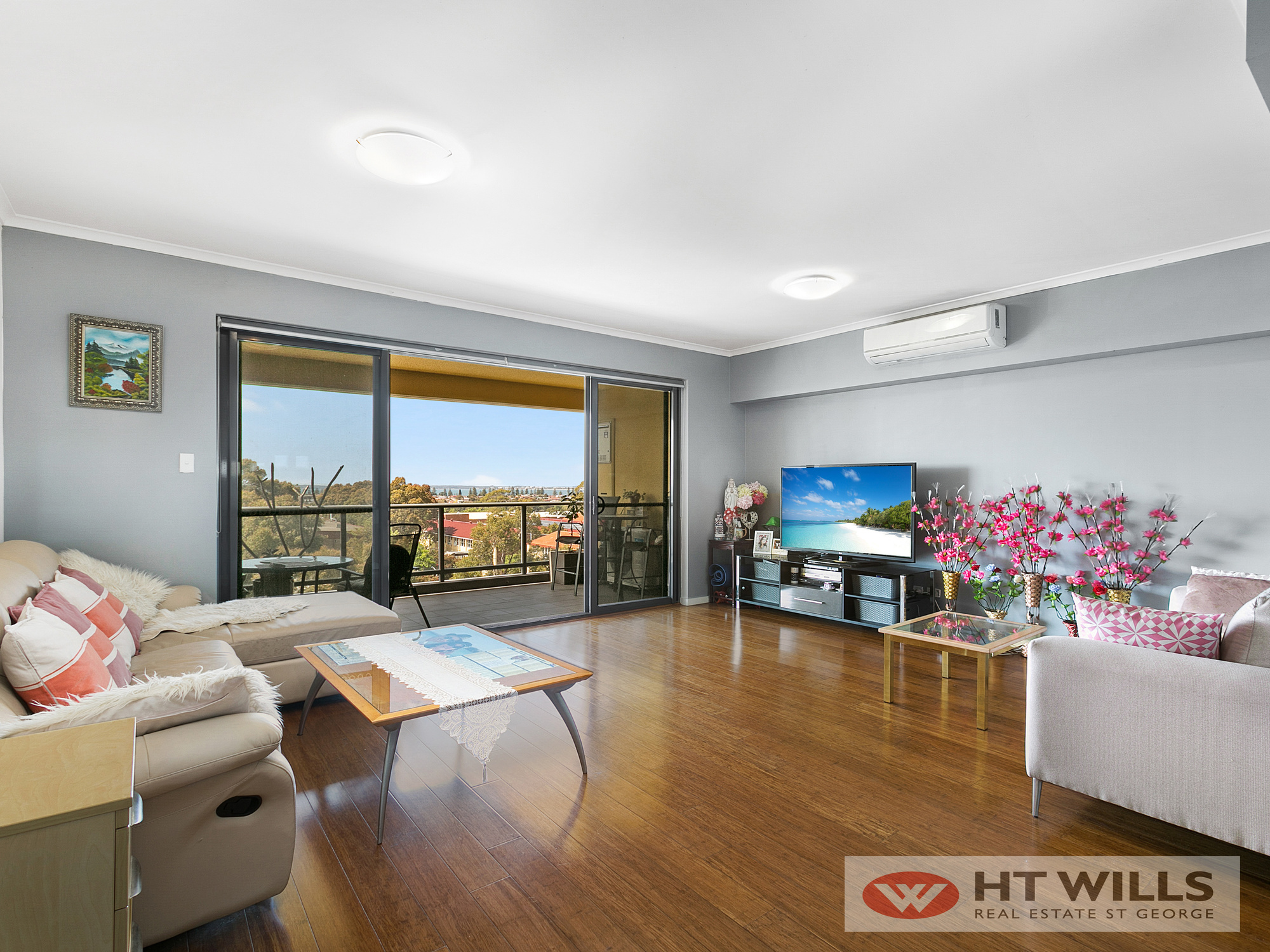1 Bedroom plus Study room Apartment on level 5