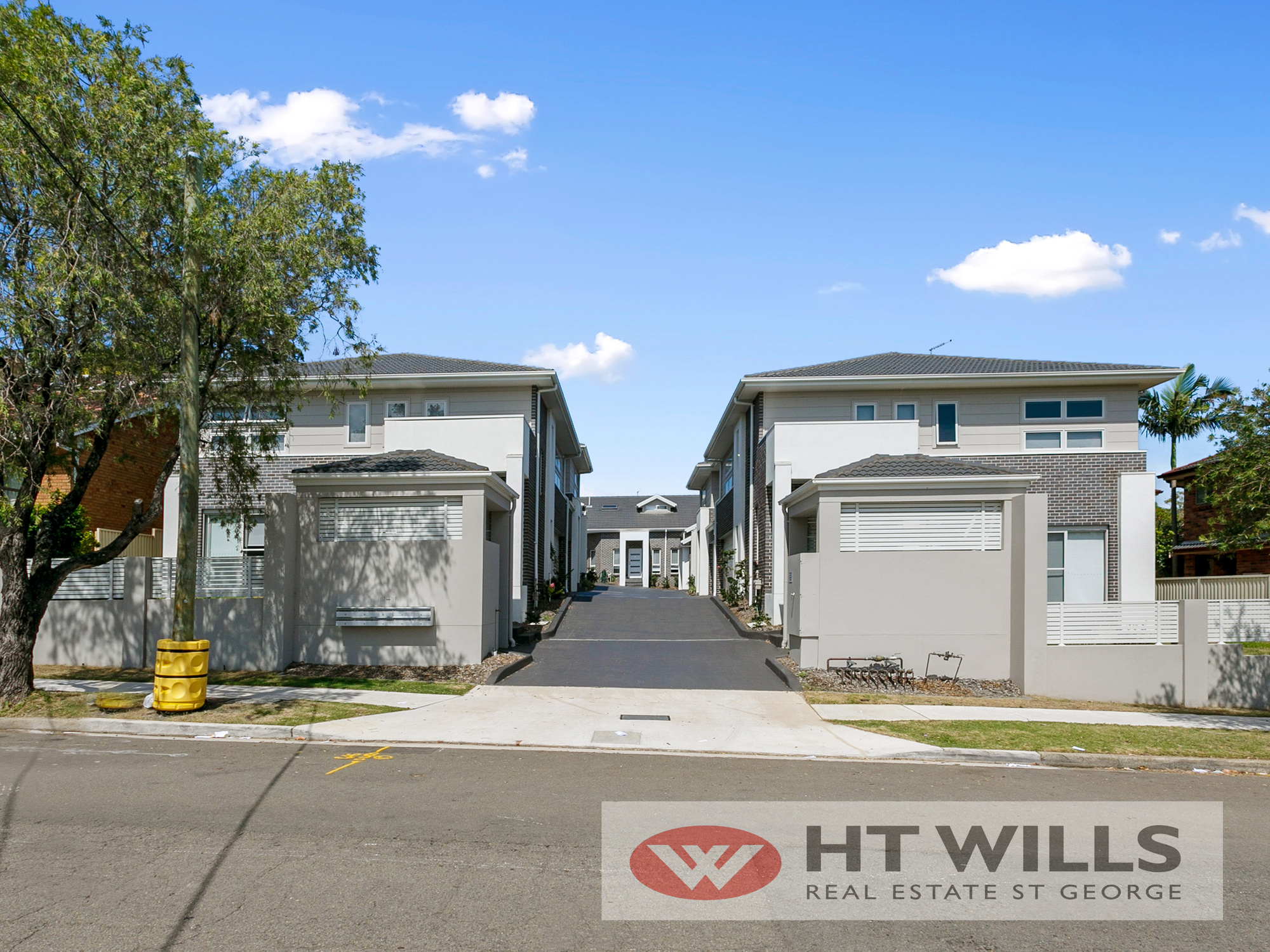 Image: Brand New 3 Bedroom Townhouse