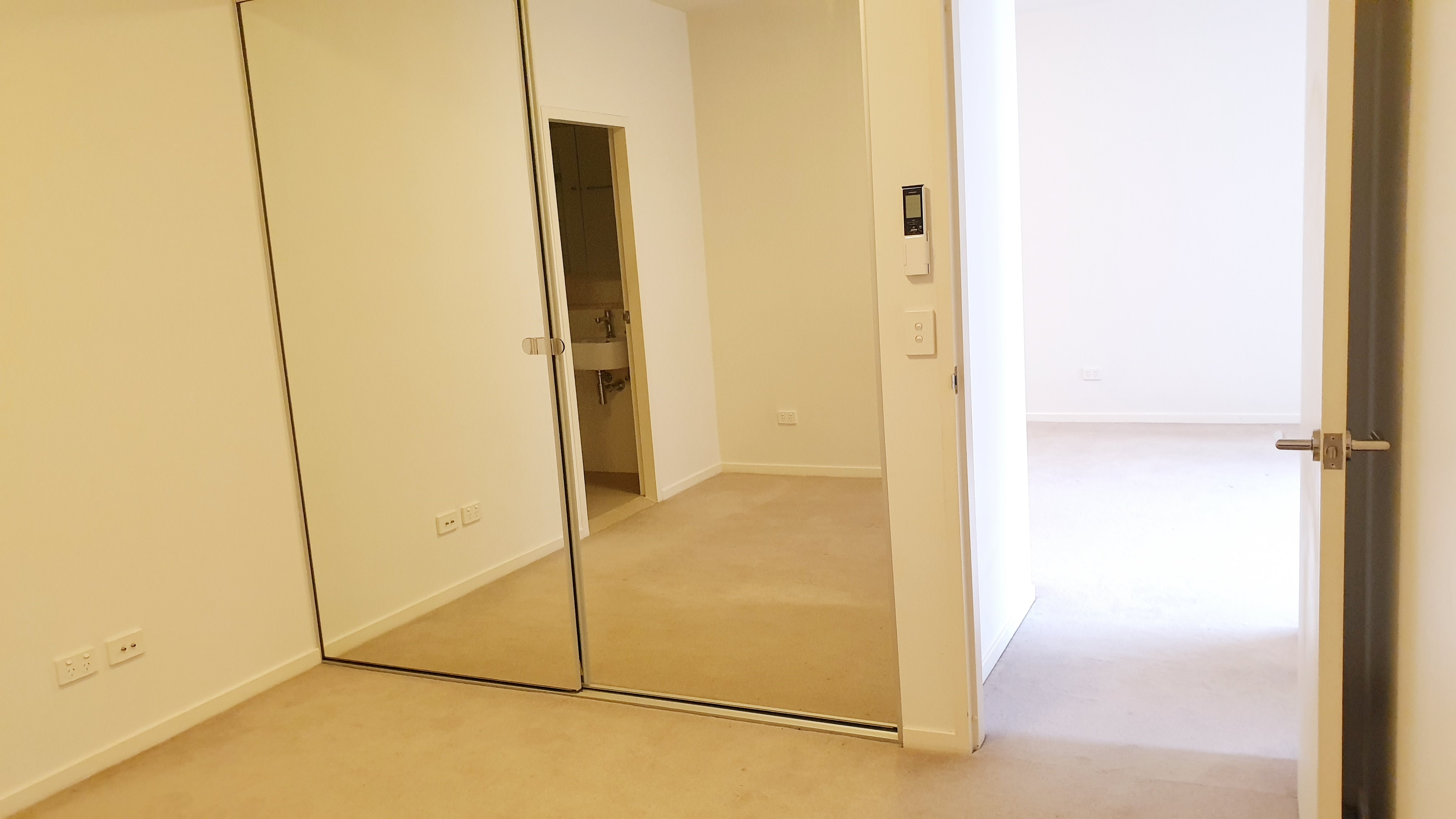 Image: 2 BEDROOM APARTMENT - HIGHPOINT HURSTVILLE