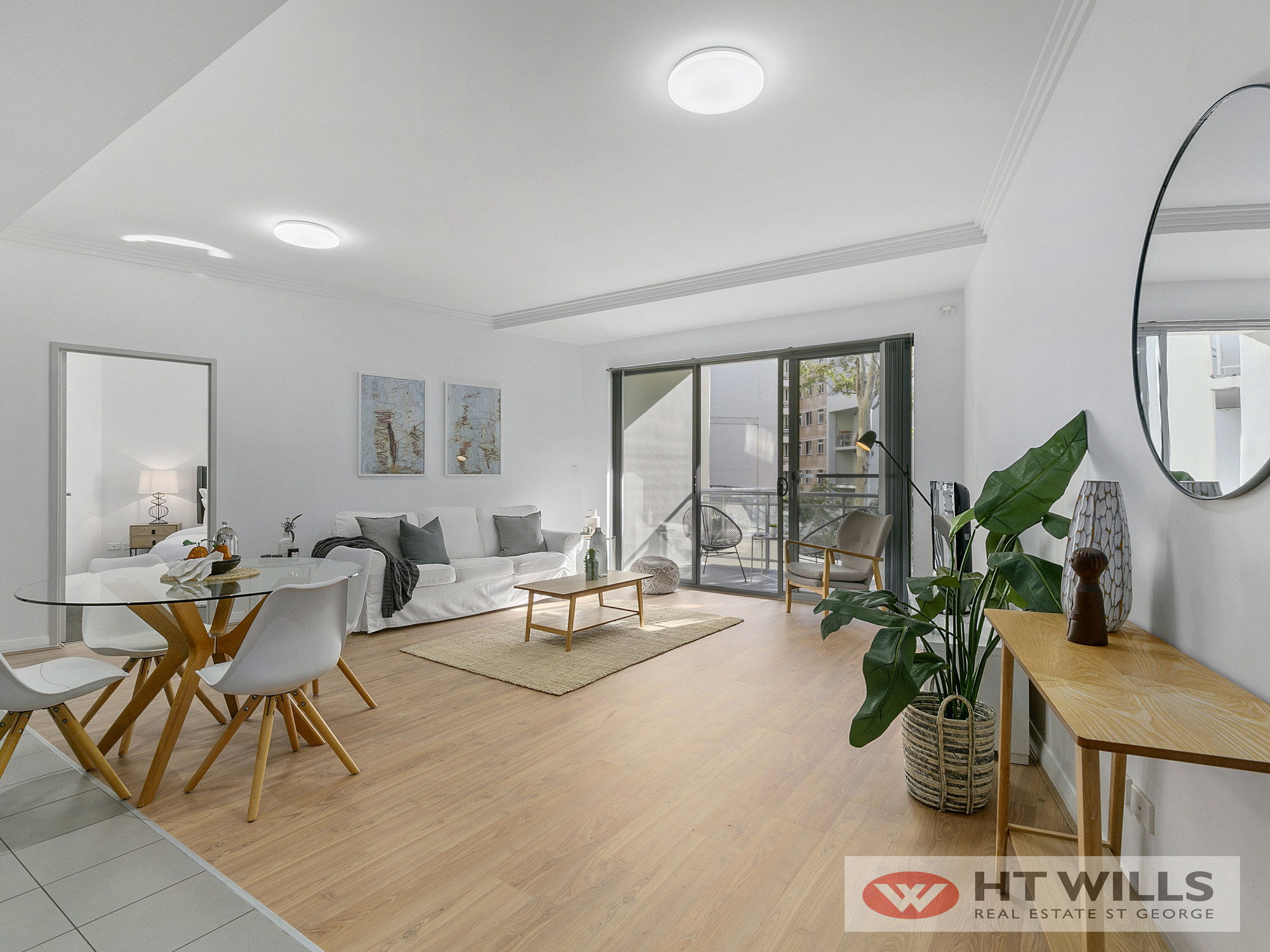 Freshly renovated 2 bedroom in the heart of Hurstville CBD