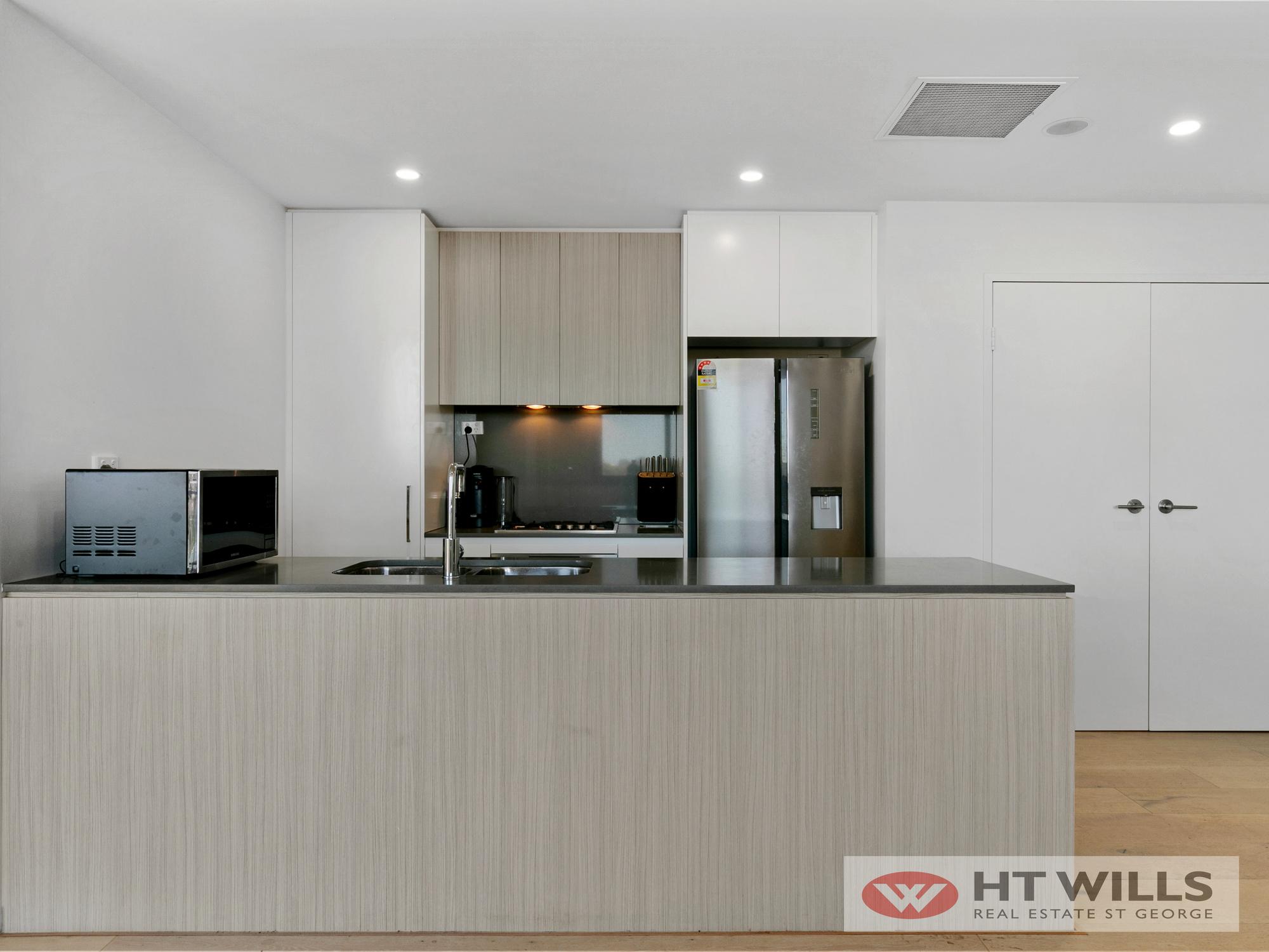 Modern 2 Bedroom Luxury Apartment