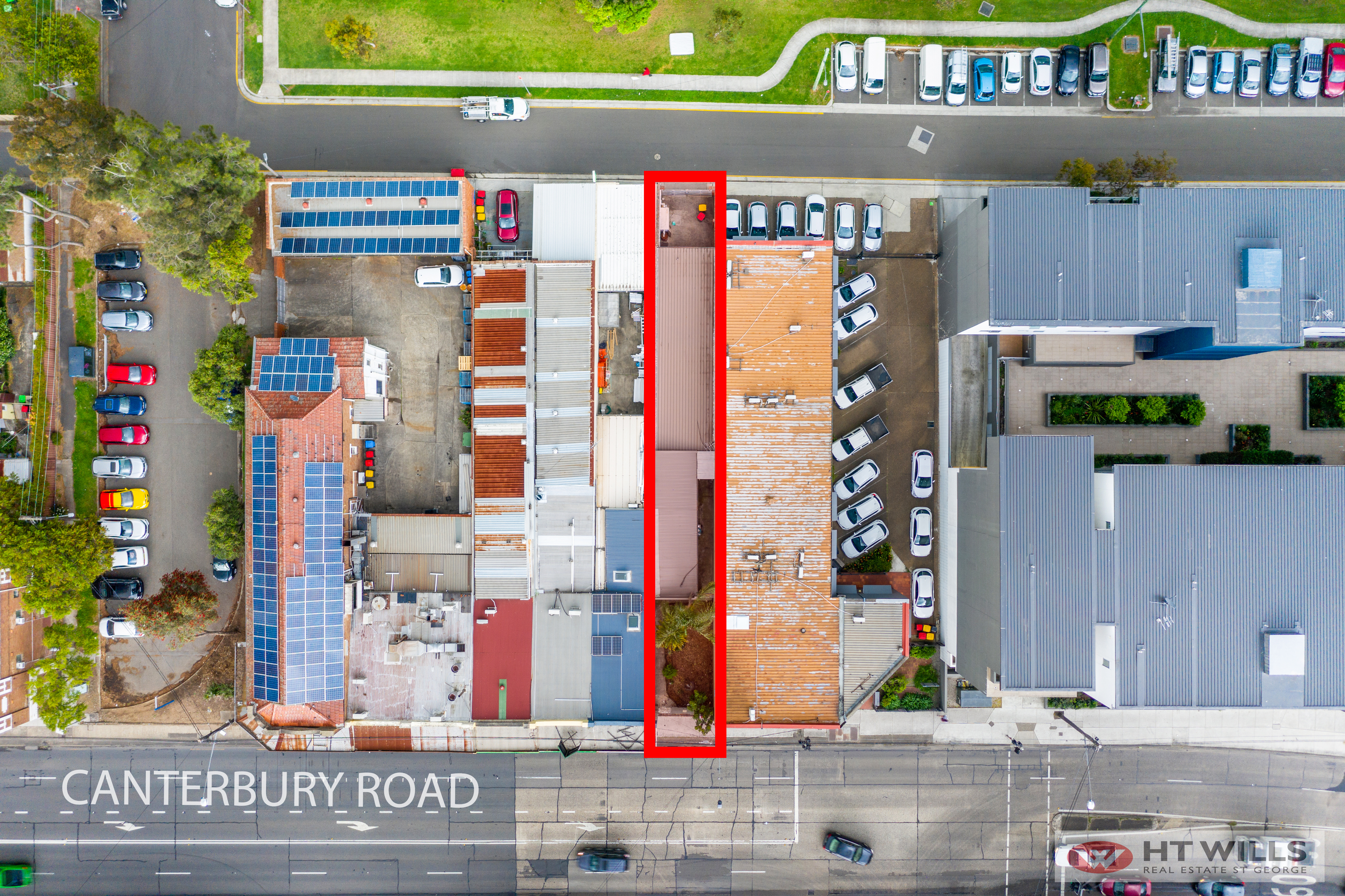 INVEST OR OCCUPY | REDEVELOPMENT OPPORTUNITY R4 ZONING