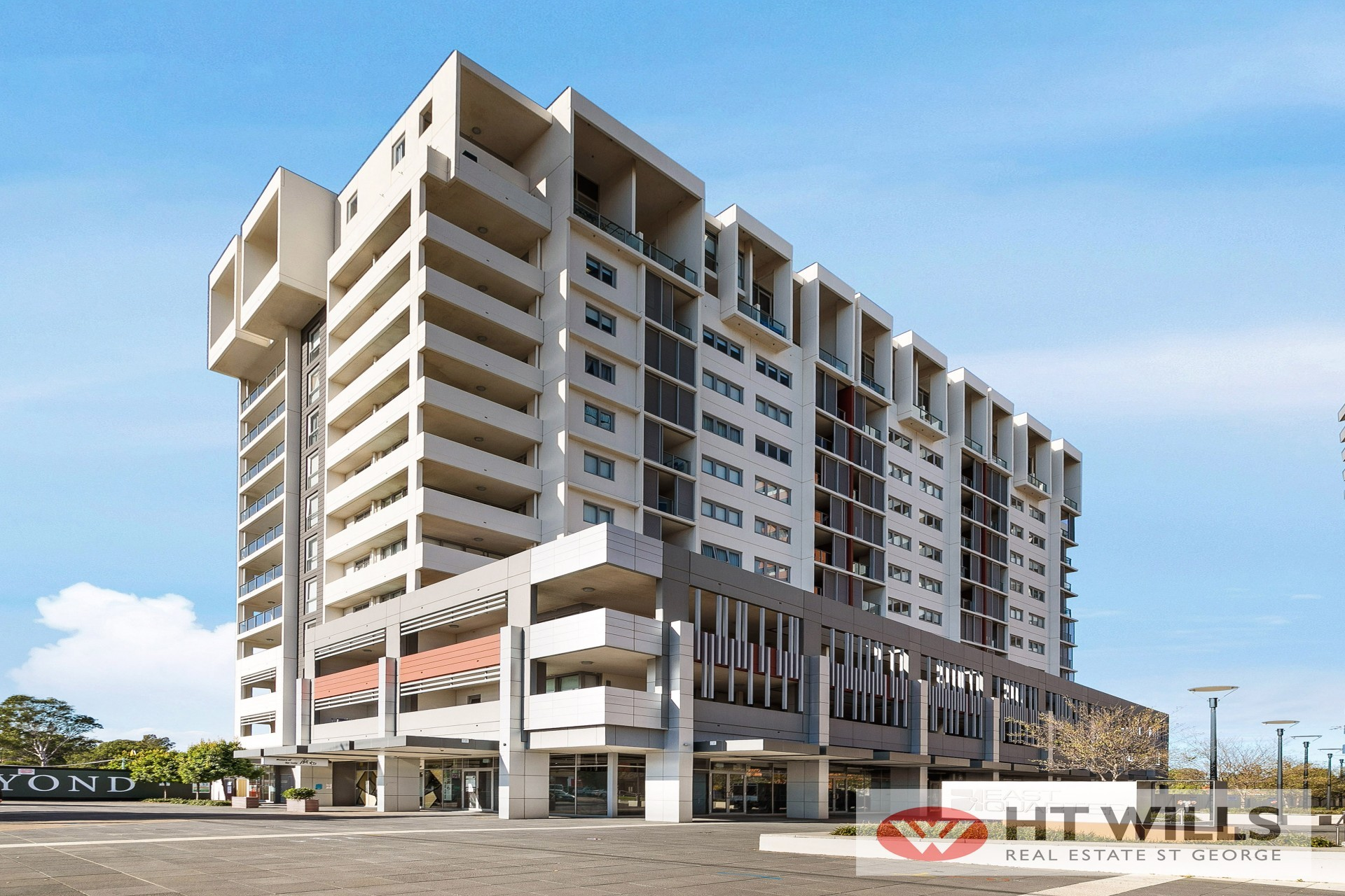 A GENEROUS SIZED UNIT IN THE URBAN CHIC MARIGOLD EAST QUARTER.