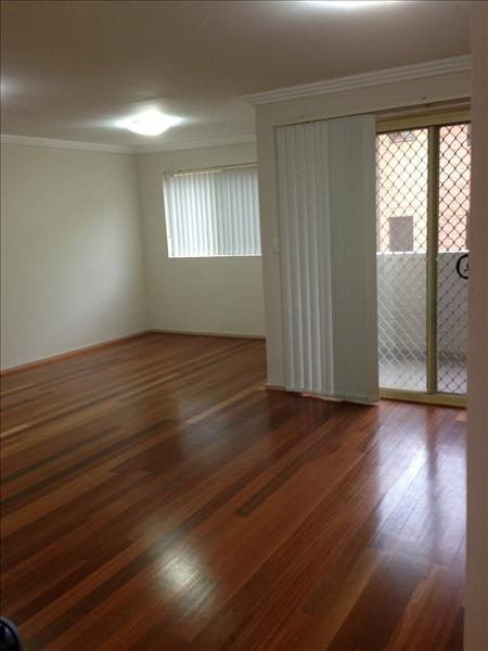 Image: LUXURY 2 BEDROOM TOWNHOUSE