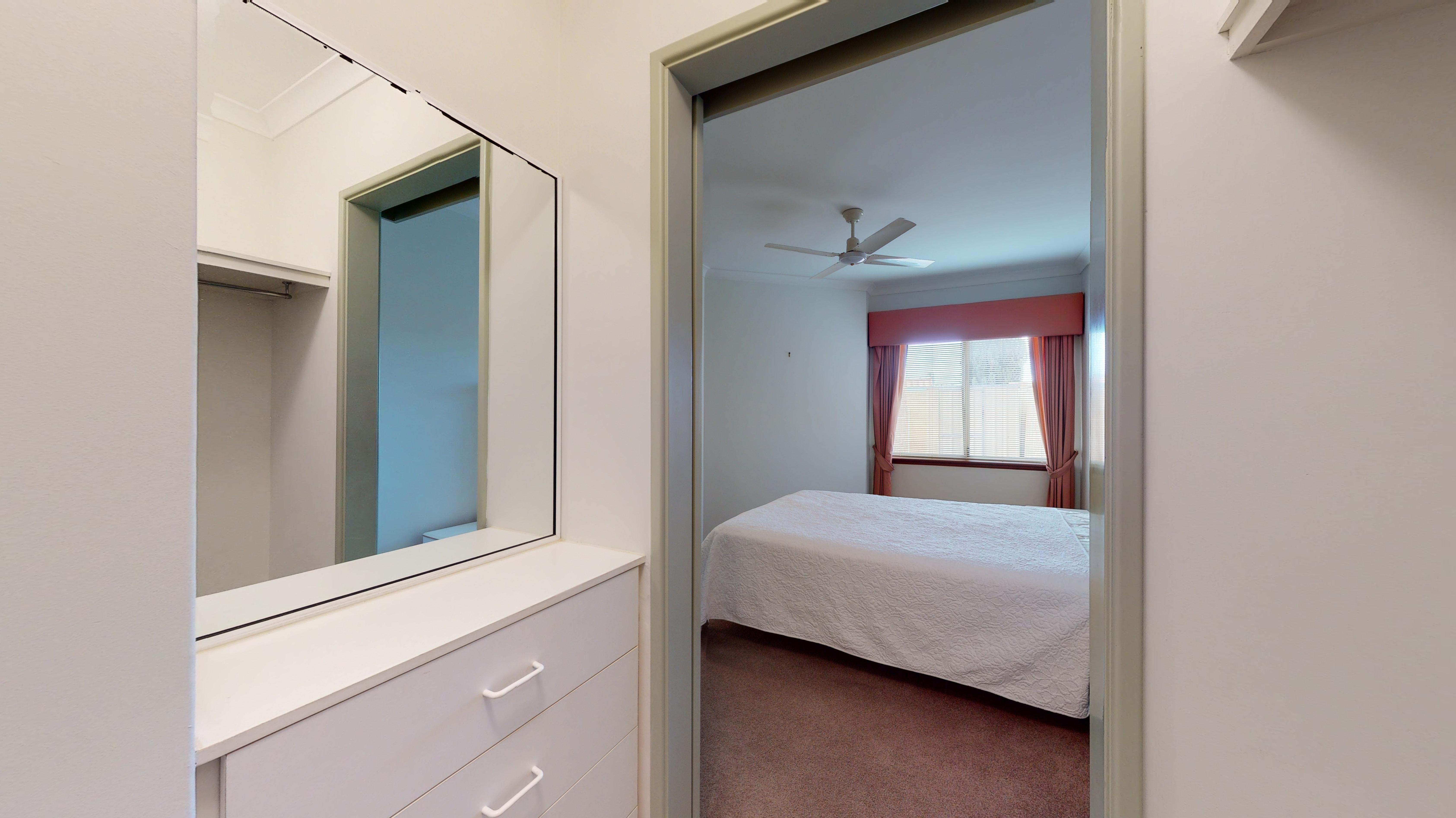 29959159 1622442305 29409 207 177 Dampier Avenue Kallaroo Main Bedroom
