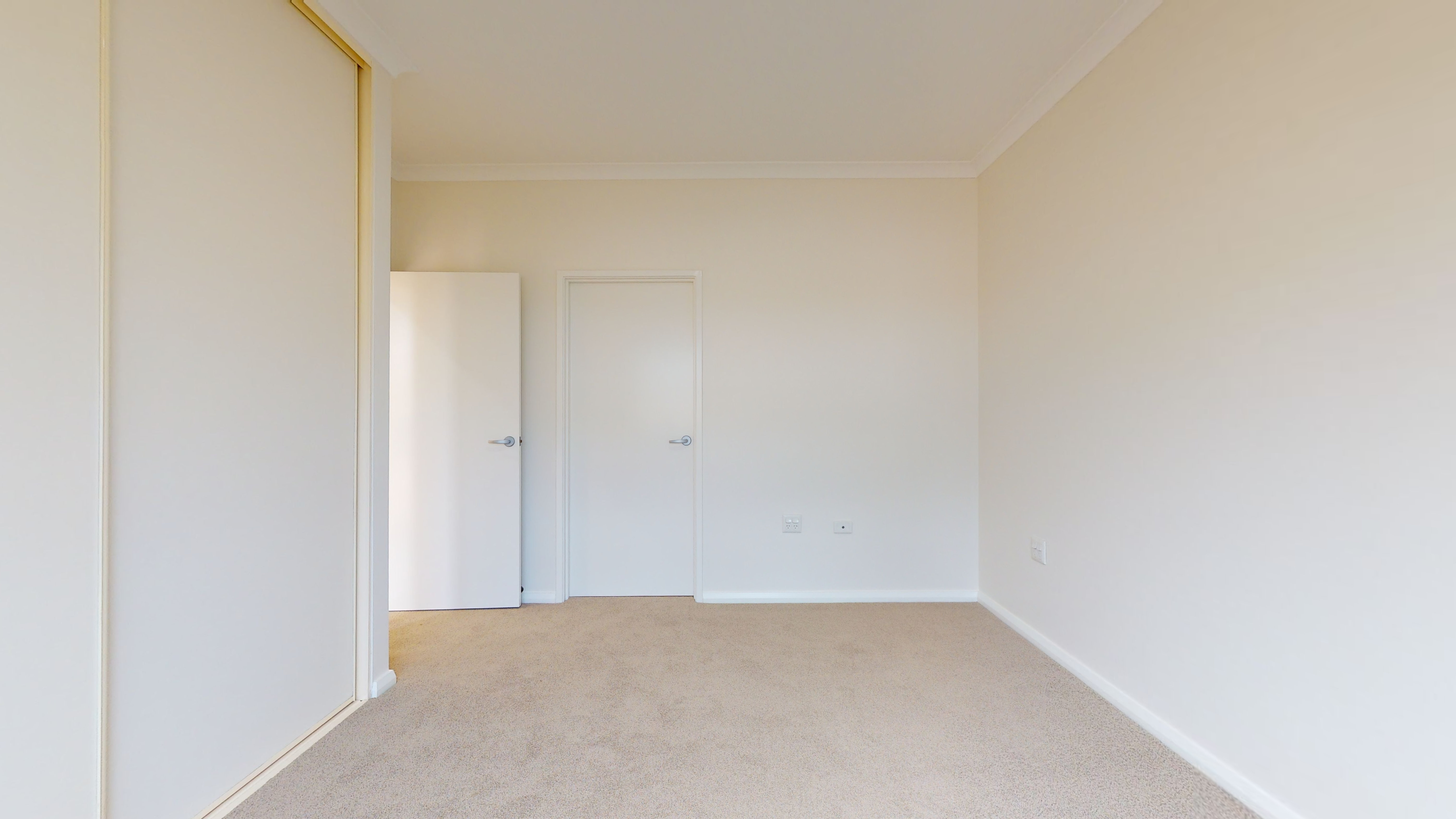 34748233 1626061627 31833 96 22 Carnegie Place Greenfields Main Bedroom