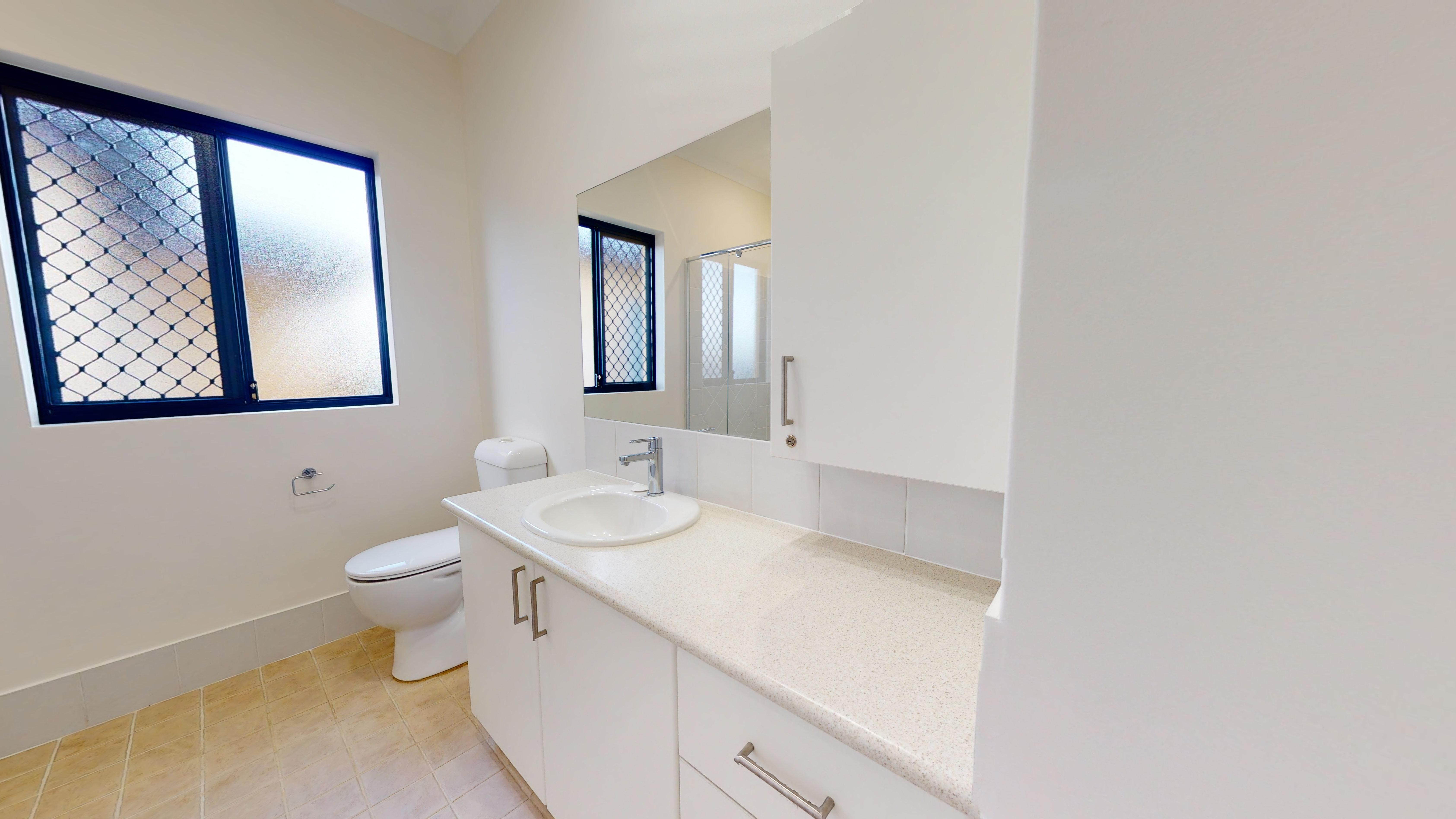 35483748 1626331096 24981 174 22 Windelya Rd Murdoch Bathroom1