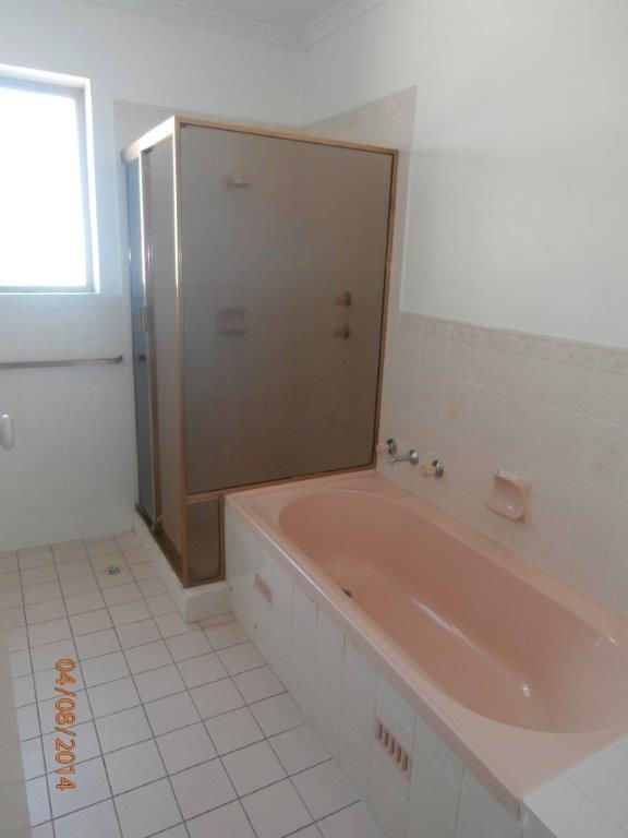 mydimport-1596538592-14354-bathroom.jpg
