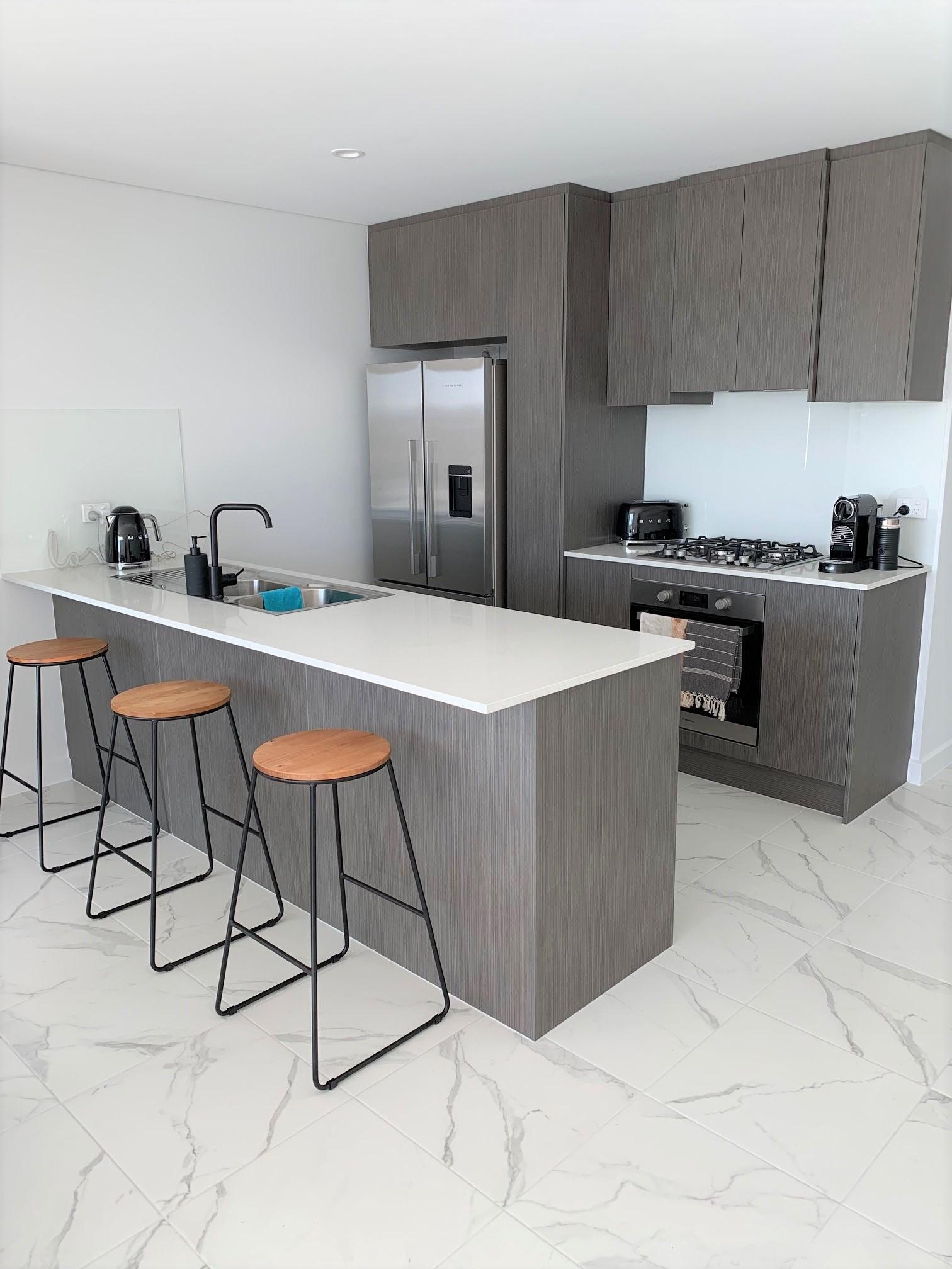 mydimport-1596538635-hires.29673-kitchen.jpg