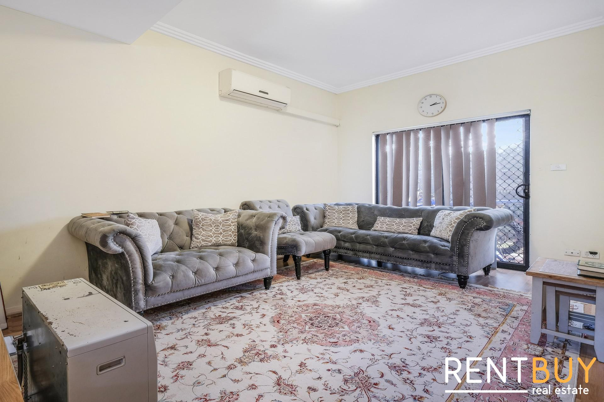 TOWNHOUSE CALLING ALL BUYERS/INVESTORS (UNDER CONTRACT)