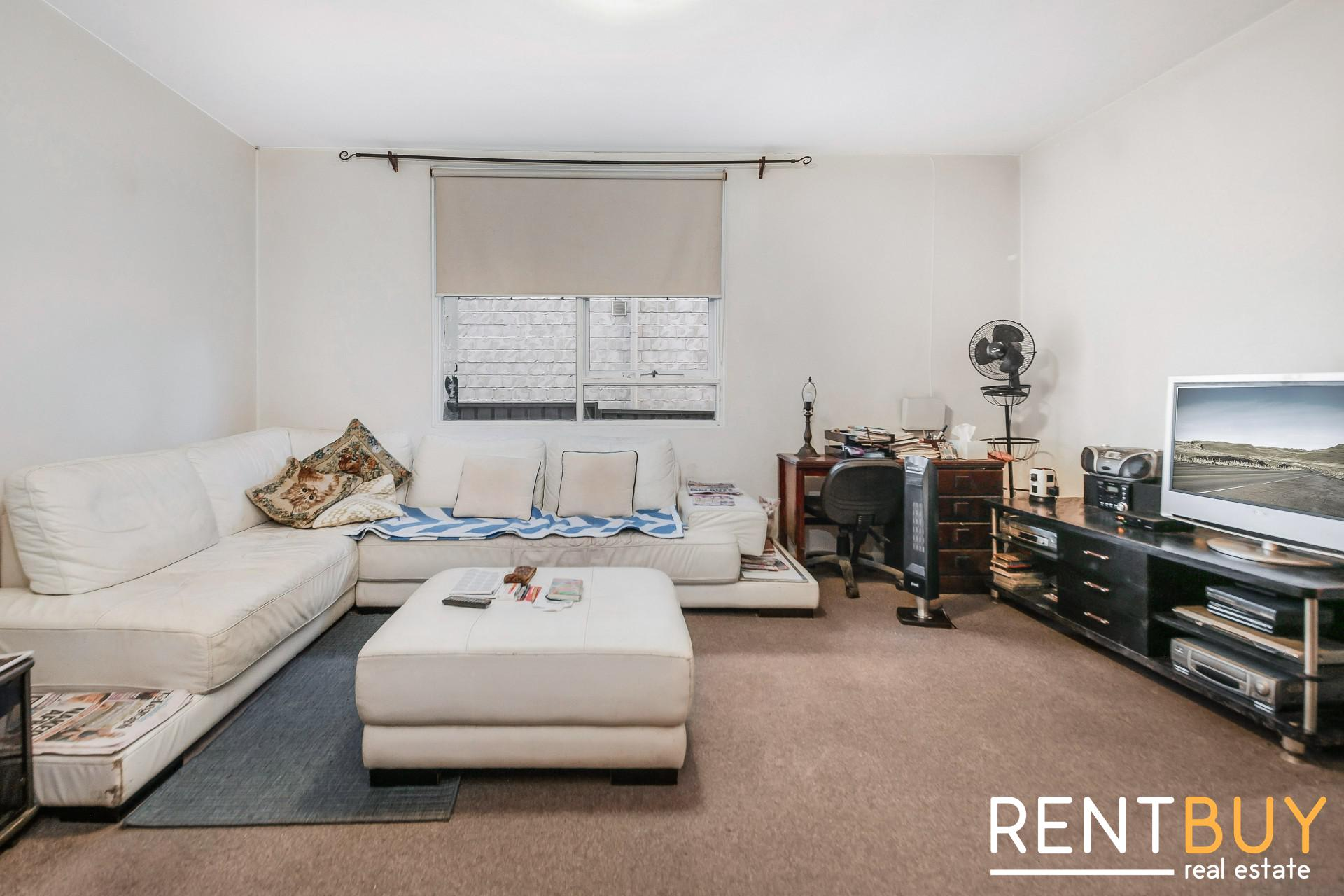 NEAT AND TIDY 2 BEDROOM UNIT