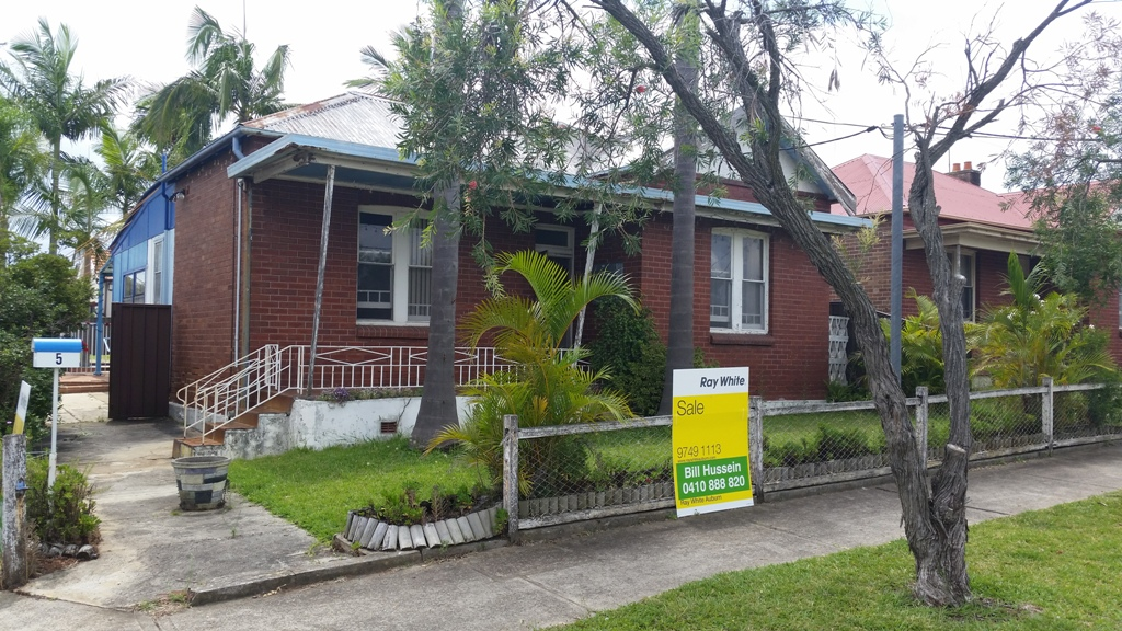 OWNER SAYS SELL MY CORNER HOUSE - UNDER OFFER - OPEN CANCELLED