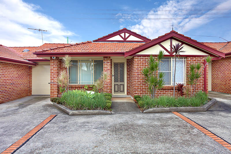 EASY LIVING IN NORTHMEAD - SOLD BY BILL HUSSEIN