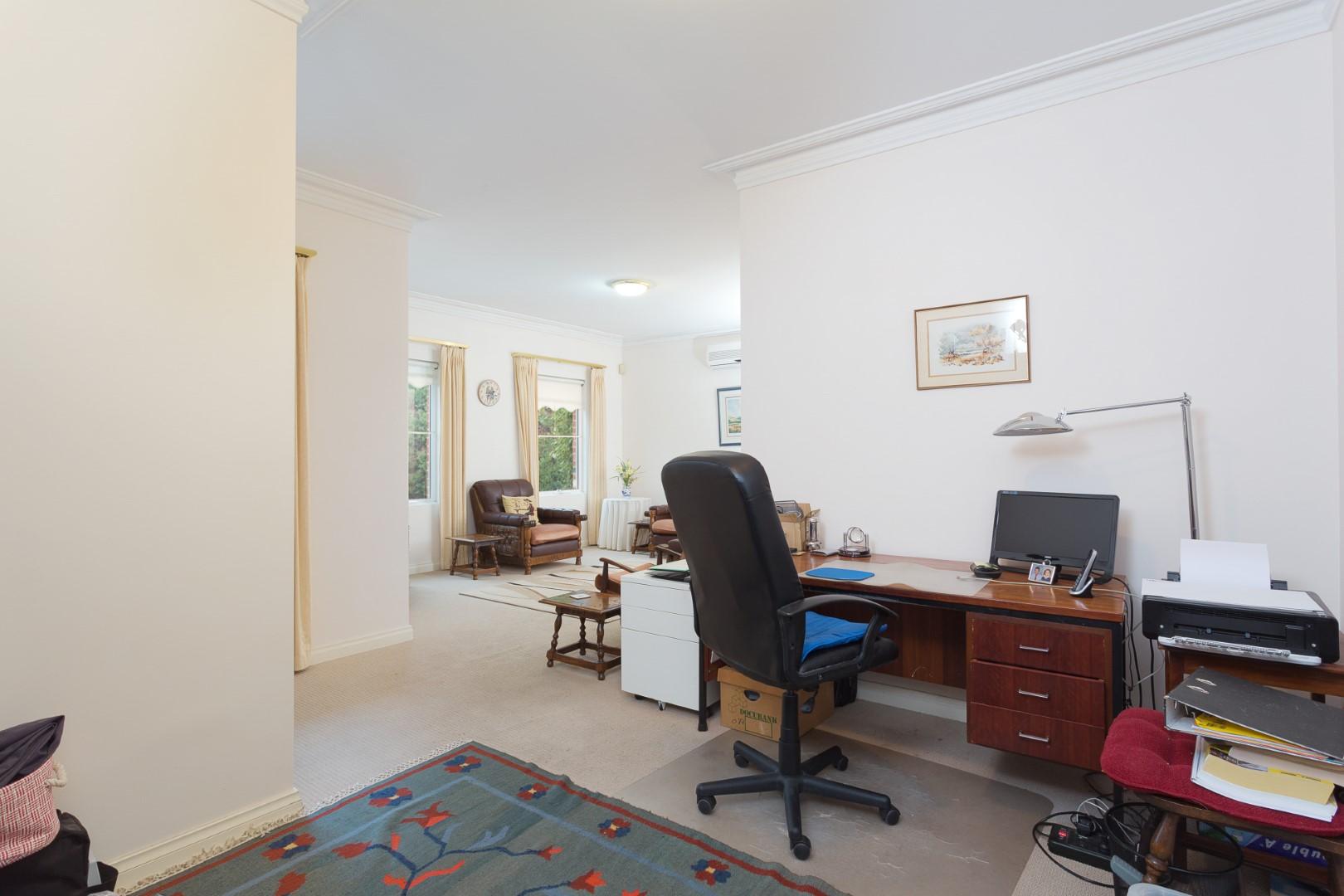 https://propertyphotos.vaultre.com.au/835/10194538__1596096175-28100-HIGH3aForbesStreetApplecross2of15.jpg