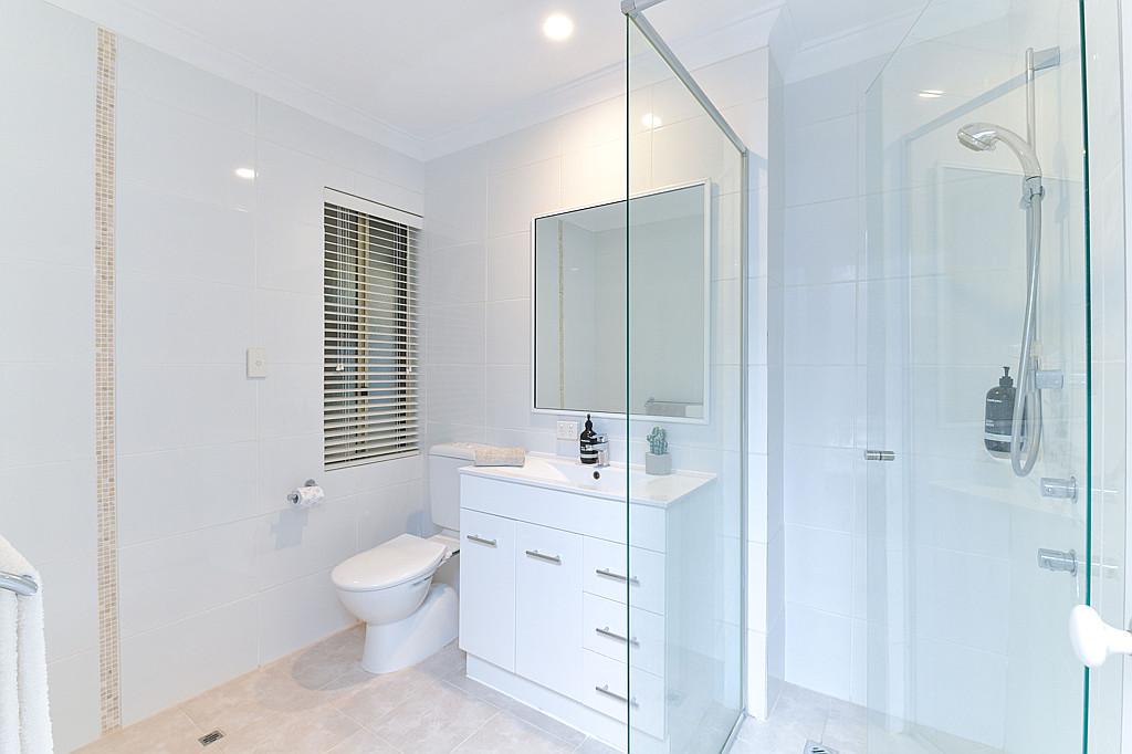 https://propertyphotos.vaultre.com.au/835/1024px.5266619__1587435914-31895-DSC3522.jpg