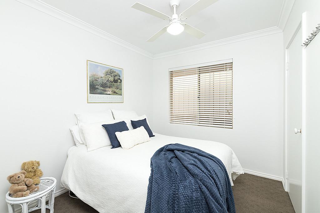 https://propertyphotos.vaultre.com.au/835/1024px.5266631__1587435937-5382-DSC3546.jpg