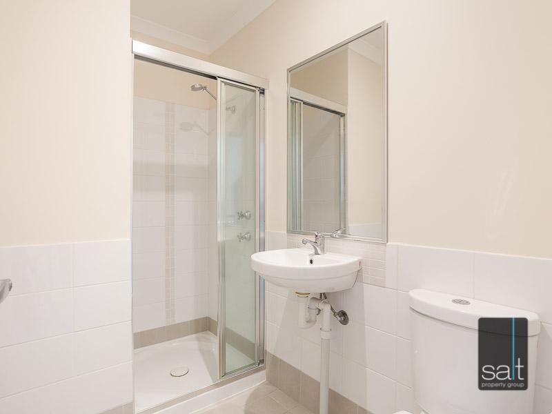 https://propertyphotos.vaultre.com.au/835/16396620__1607481676-20542-WEB23784CanningHighwayApplecross7.jpg