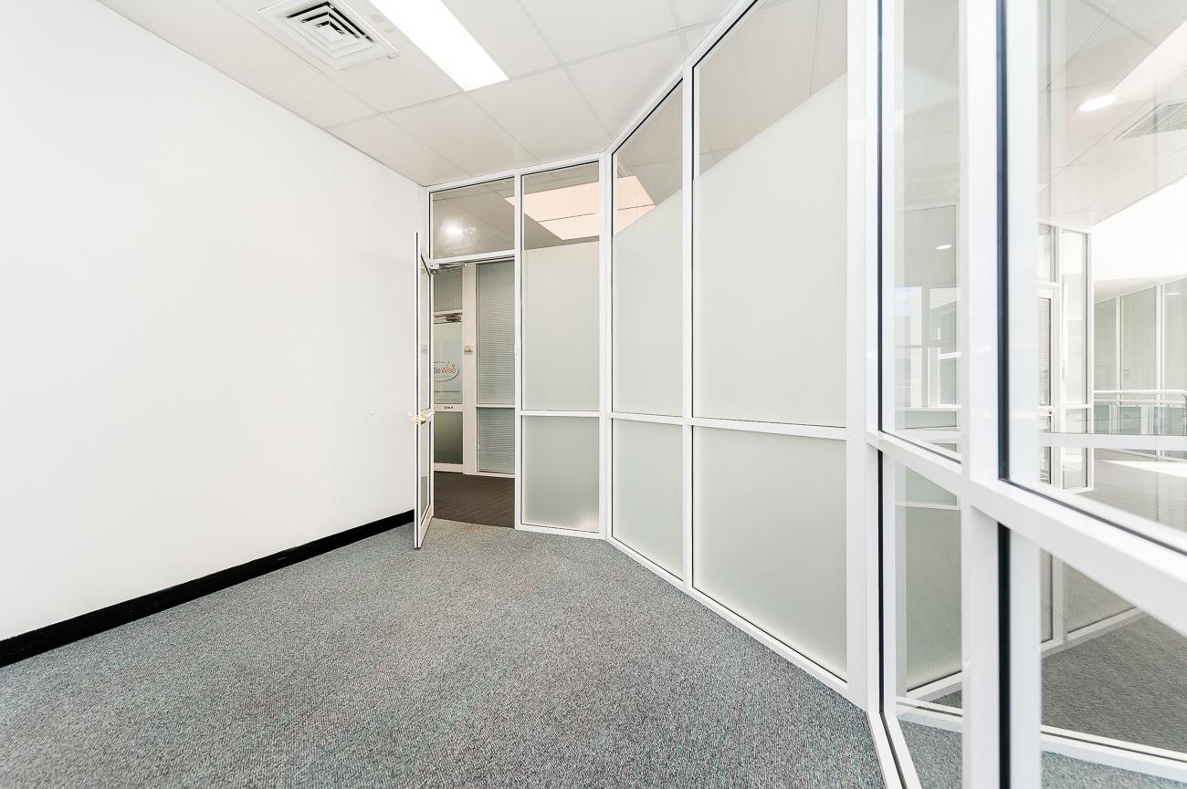 https://propertyphotos.vaultre.com.au/835/16434946__1607665894-3358-Address-101.jpg