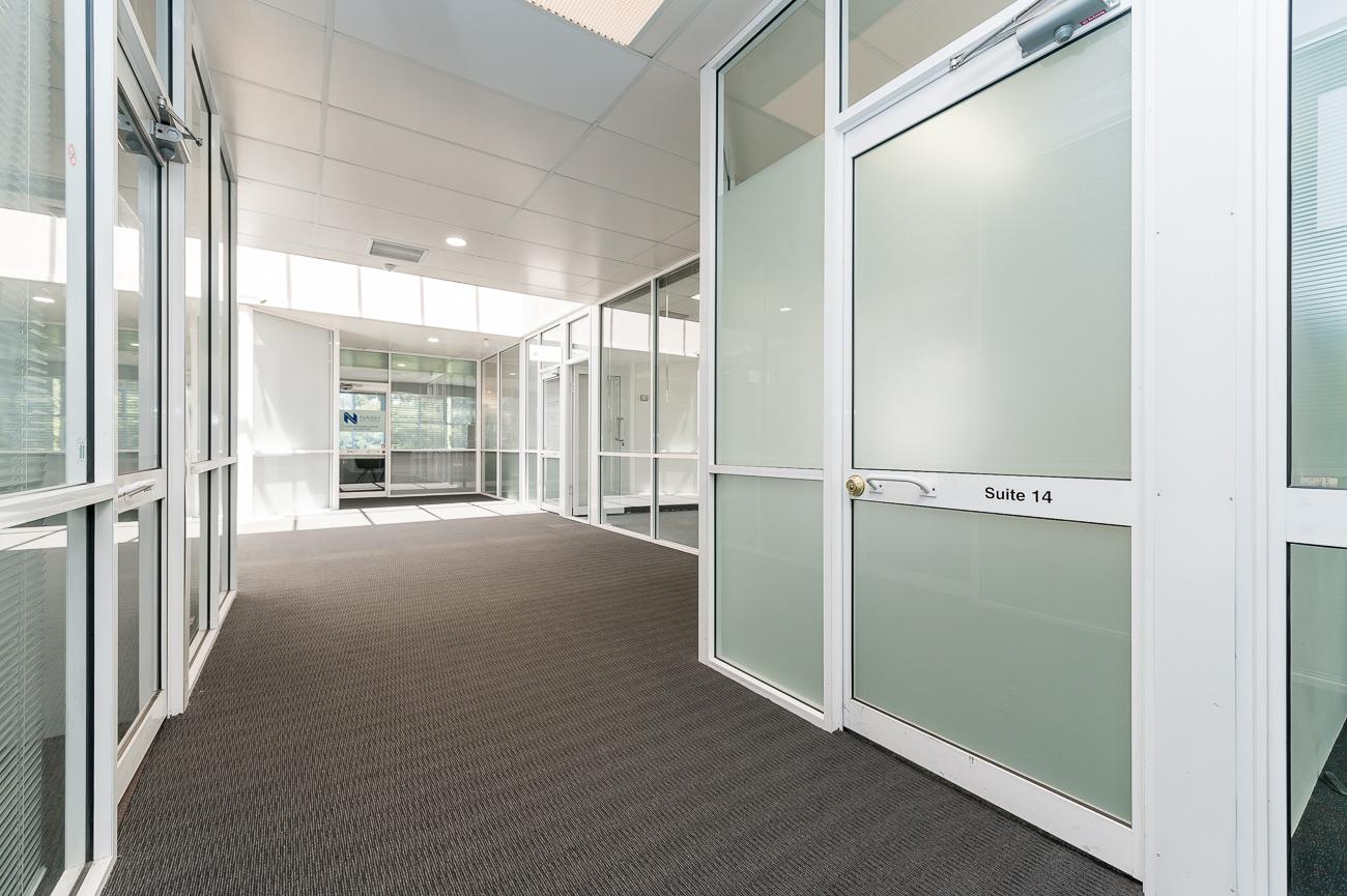 https://propertyphotos.vaultre.com.au/835/16434947__1607665895-26925-Address-96.jpg