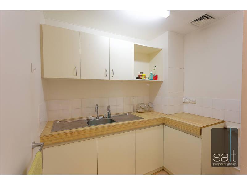 https://propertyphotos.vaultre.com.au/835/16546817__1607931665-25633-SALTWEBRES9of11.jpg