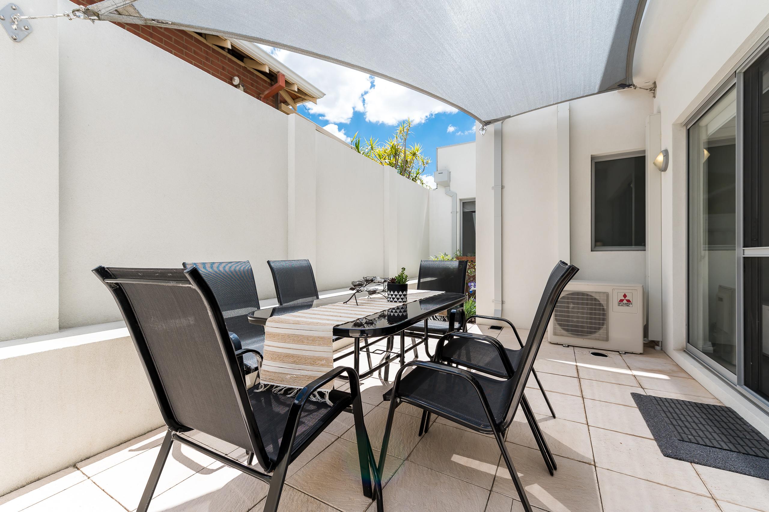https://propertyphotos.vaultre.com.au/835/16567606__1608020198-14090-4122EdwardStOsbornePark-15.jpg