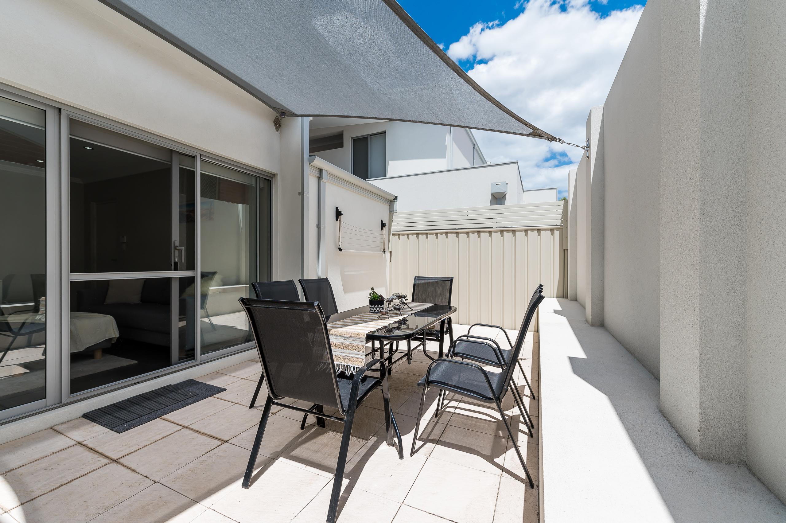 https://propertyphotos.vaultre.com.au/835/16567607__1608020199-28161-4122EdwardStOsbornePark-16.jpg