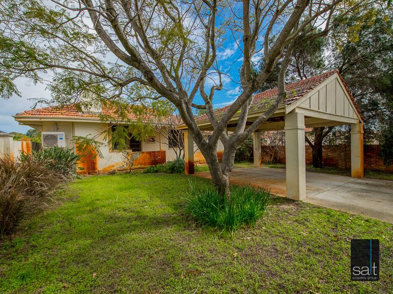 https://propertyphotos.vaultre.com.au/835/16751864__1608701578-27299-77ReynoldsRdMtPleasant-5.jpg