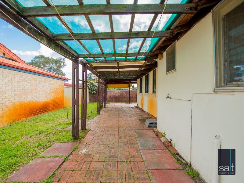 https://propertyphotos.vaultre.com.au/835/16751897__1608701600-31208-77ReynoldsRdMtPleasant-24.jpg