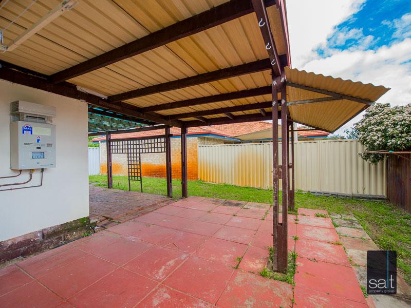 https://propertyphotos.vaultre.com.au/835/16751902__1608701602-23990-77ReynoldsRdMtPleasant-26.jpg