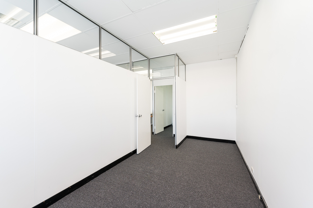 https://propertyphotos.vaultre.com.au/835/17391964__1610773317-19736-25781CanningHighwayApplecross-19.jpg