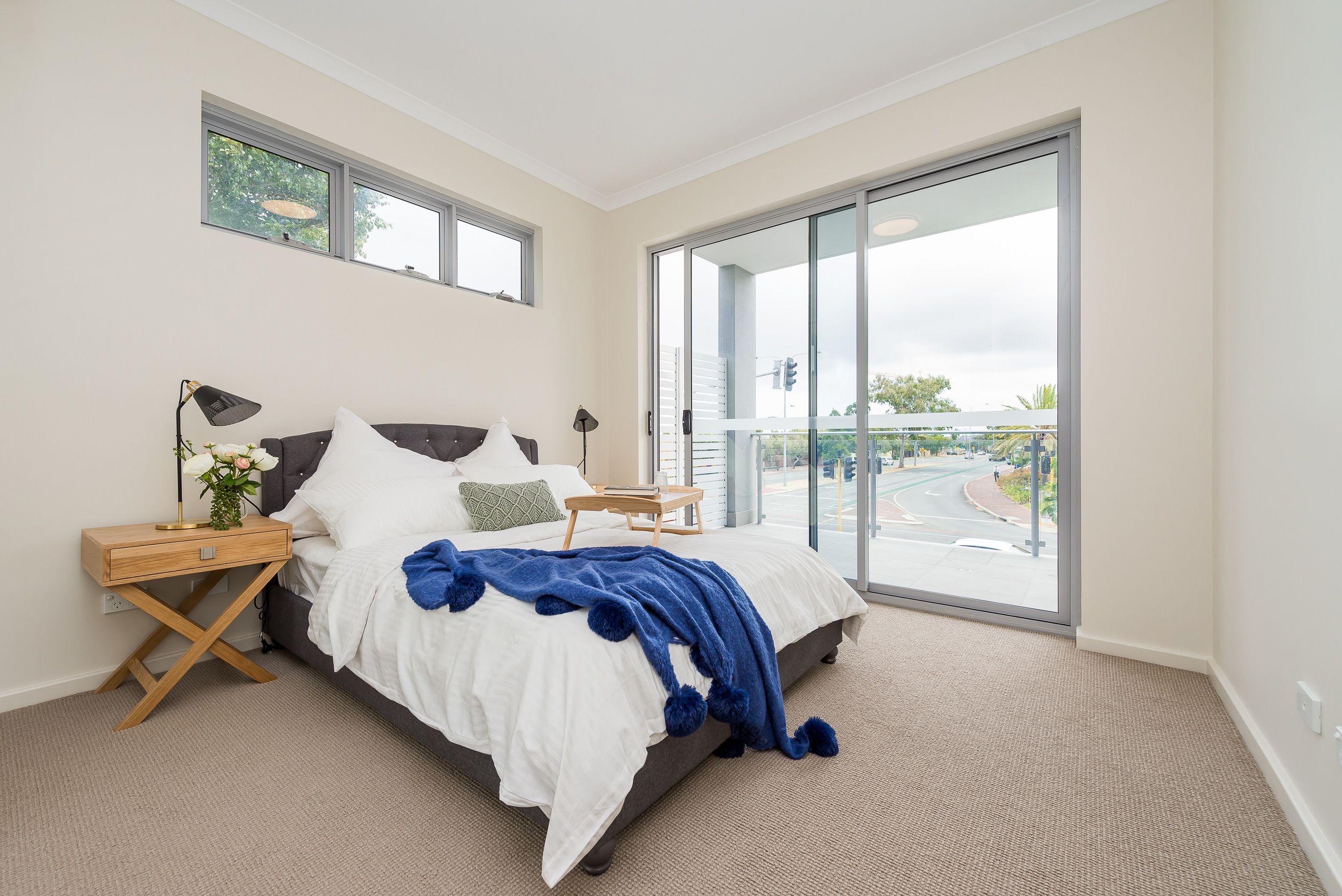 https://propertyphotos.vaultre.com.au/835/1829322__1571719447-23263-164RiseleyStBooragoon-22.jpg