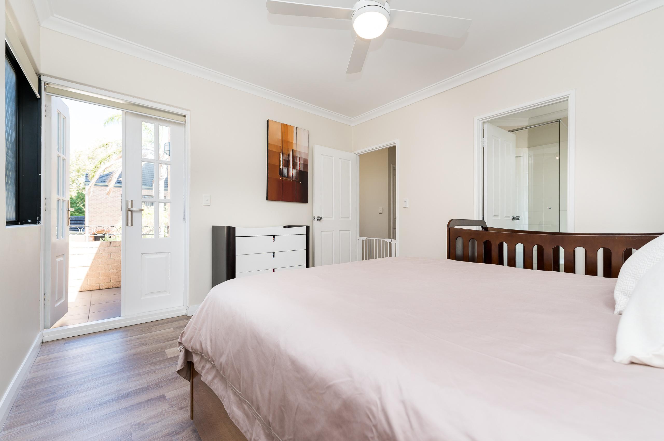 https://propertyphotos.vaultre.com.au/835/18373682__1612422811-21084-88SleatRoadMtPleasant-12.jpg