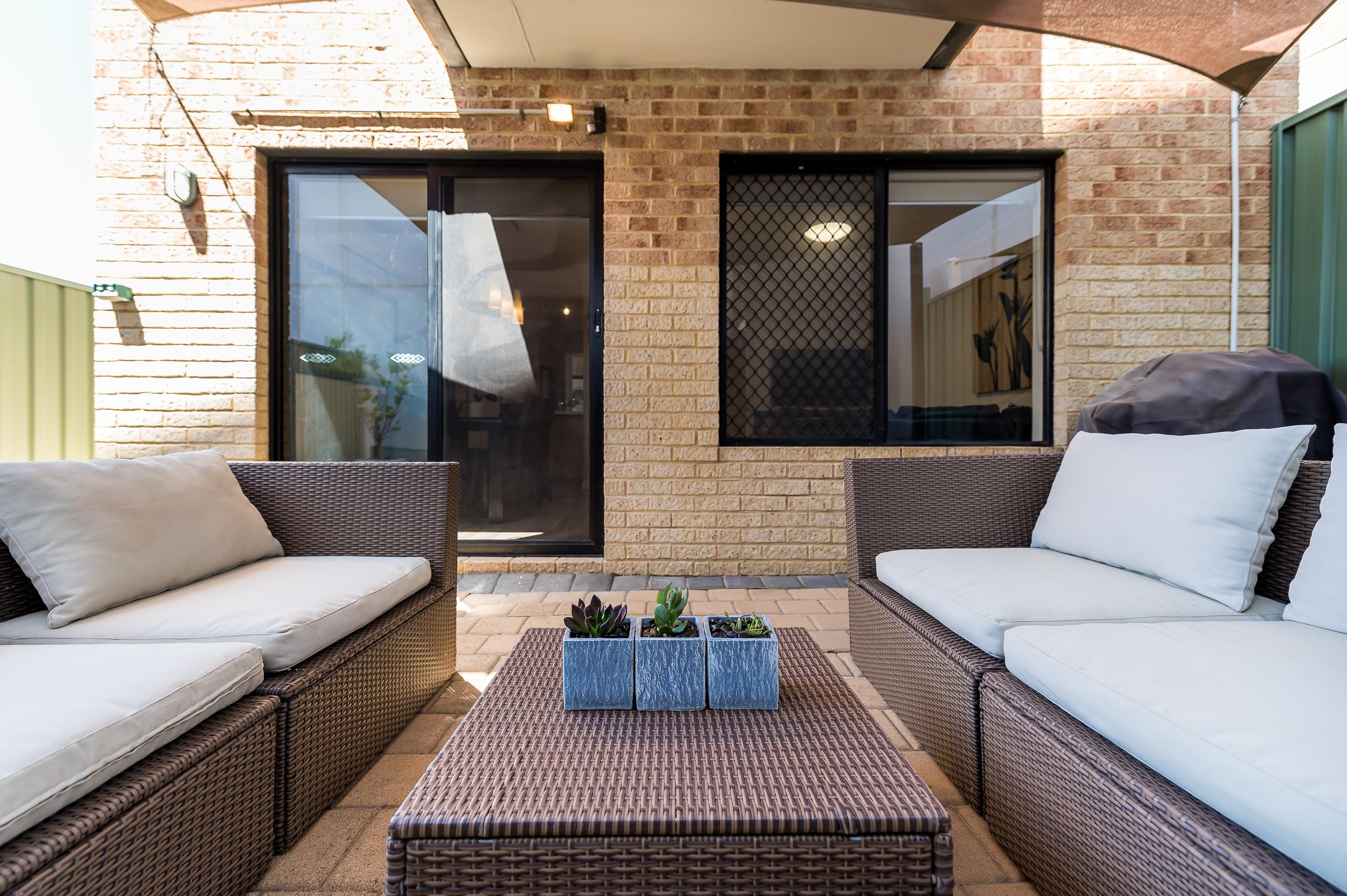 https://propertyphotos.vaultre.com.au/835/18373706__1612422986-21301-88SleatRoadMtPleasant-24.jpg