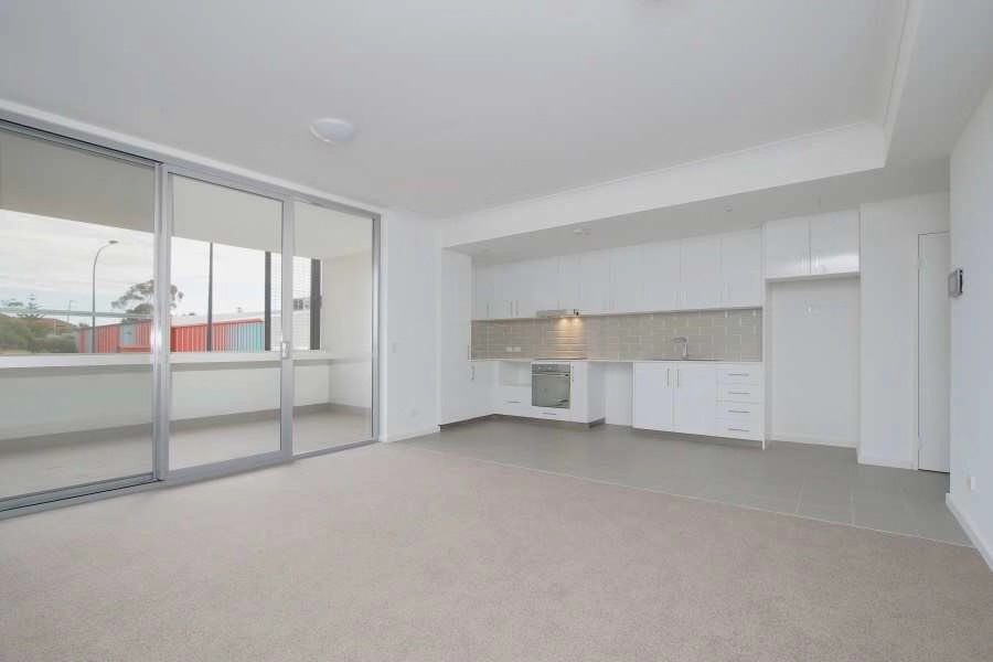 https://propertyphotos.vaultre.com.au/835/18877204__1613557405-28168-20190812211950.jpg