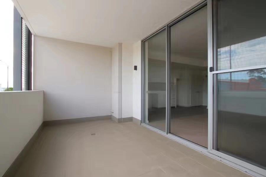 https://propertyphotos.vaultre.com.au/835/18877208__1613557618-28630-20190812211925.jpg