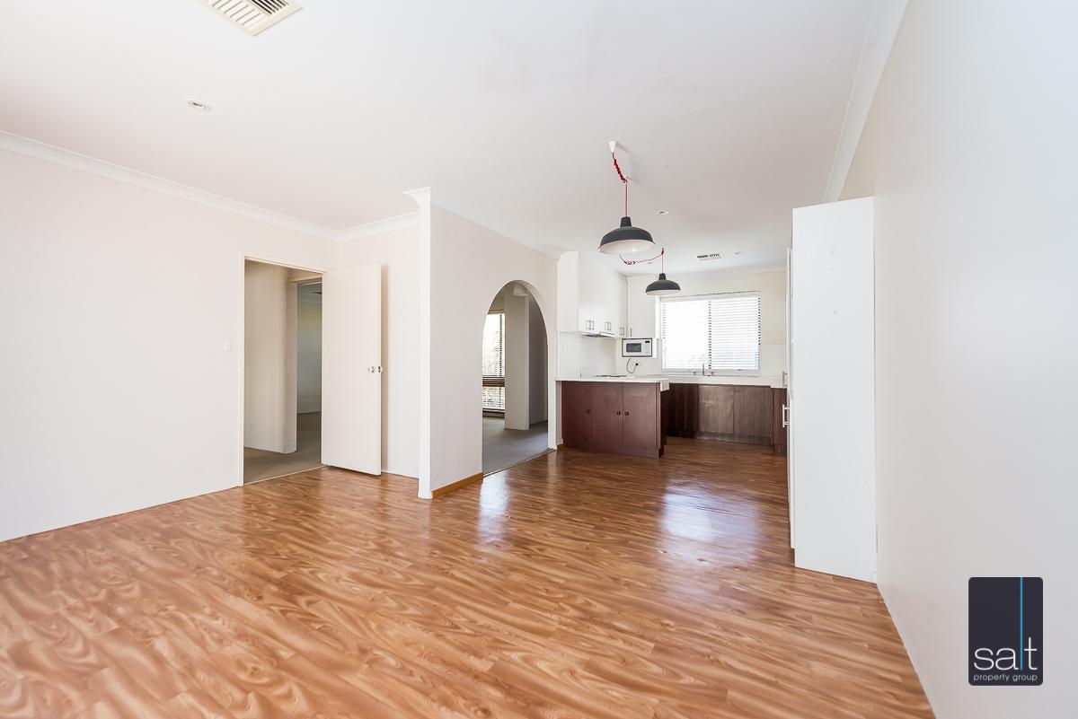 https://propertyphotos.vaultre.com.au/835/1941399__1571790649-15773-846AlexandraRdEastFremantle-6.jpg
