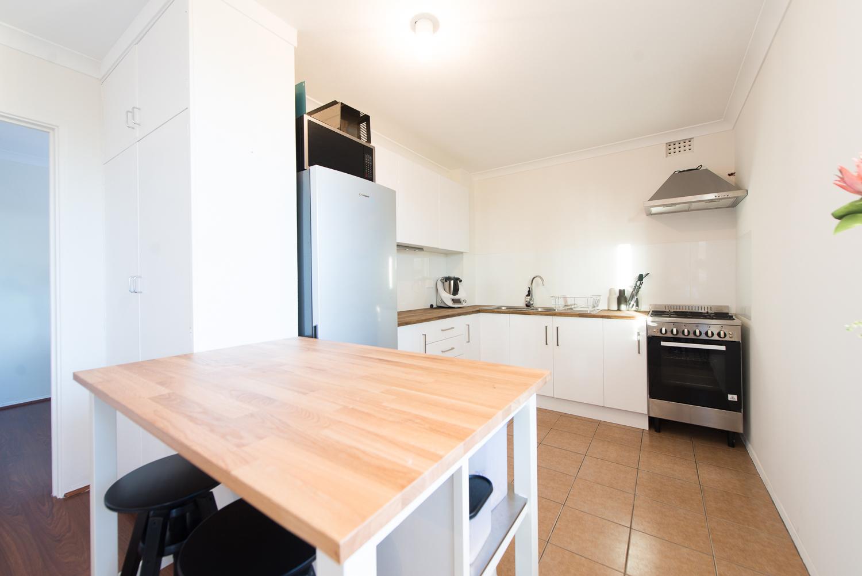 https://propertyphotos.vaultre.com.au/835/19659702__1614659890-30674-LB25164.jpg