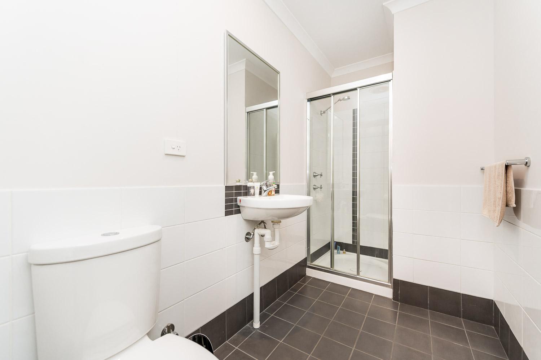 https://propertyphotos.vaultre.com.au/835/19979236__1615170352-22946-24784CanningHighwayApplecross-12.jpg