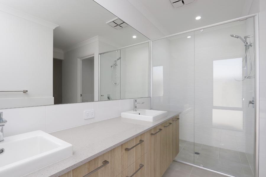https://propertyphotos.vaultre.com.au/835/2059577__1571980023-21278-IMG0208.jpg