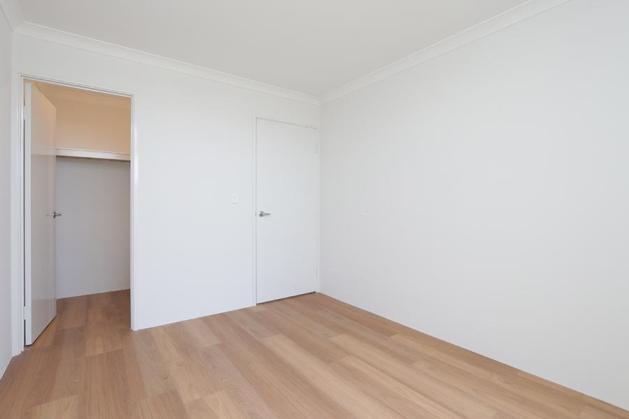 https://propertyphotos.vaultre.com.au/835/2059589__1571980034-21326-IMG0239.jpg