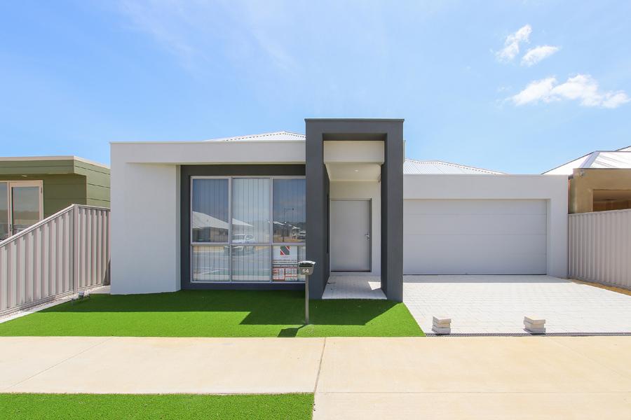 https://propertyphotos.vaultre.com.au/835/2059614__1571980061-18765-IMG0280.jpg
