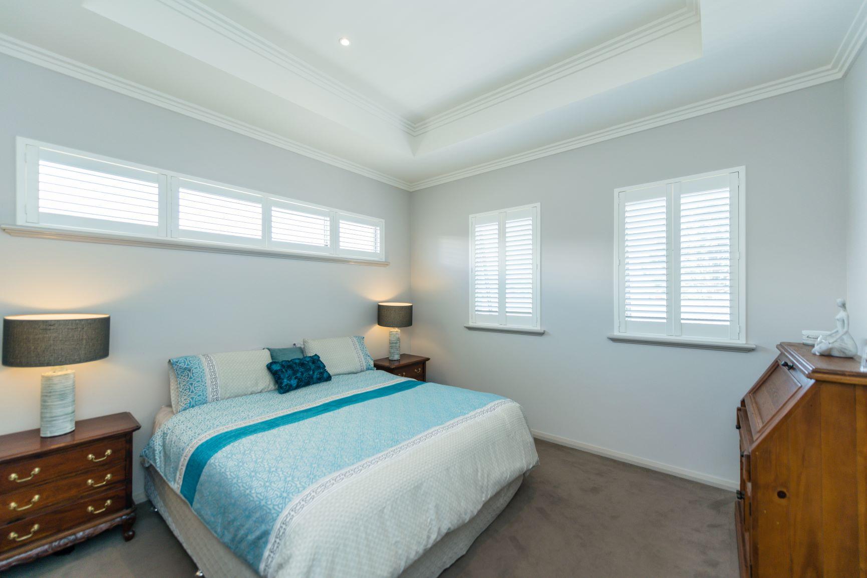 https://propertyphotos.vaultre.com.au/835/20691400__1616139764-27552-17.jpg