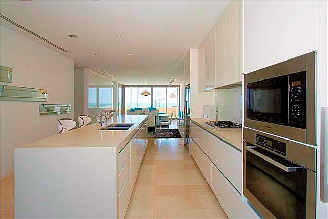 https://propertyphotos.vaultre.com.au/835/22006853__1617156074-7770-5.jpg