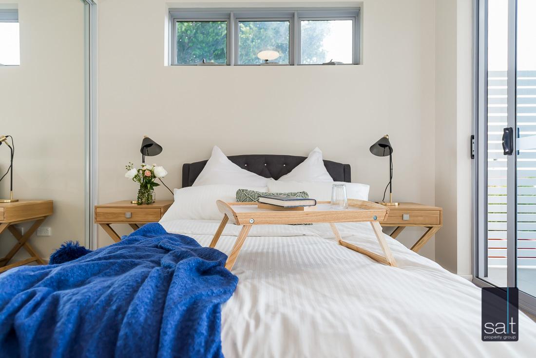 https://propertyphotos.vaultre.com.au/835/2224829__1572337106-13989-164RiseleyStBooragoon-26.jpg