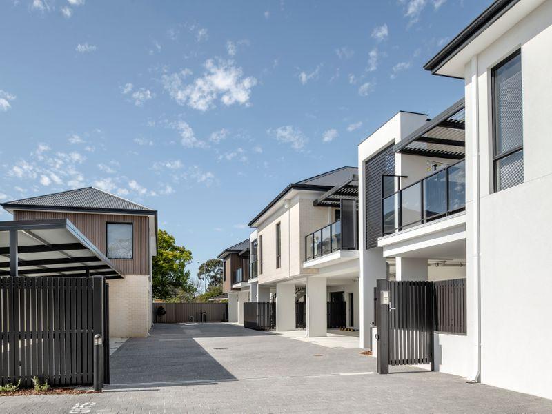 https://propertyphotos.vaultre.com.au/835/2335722__1572419145-6-reaimport-1568678576-347129-442175.jpg