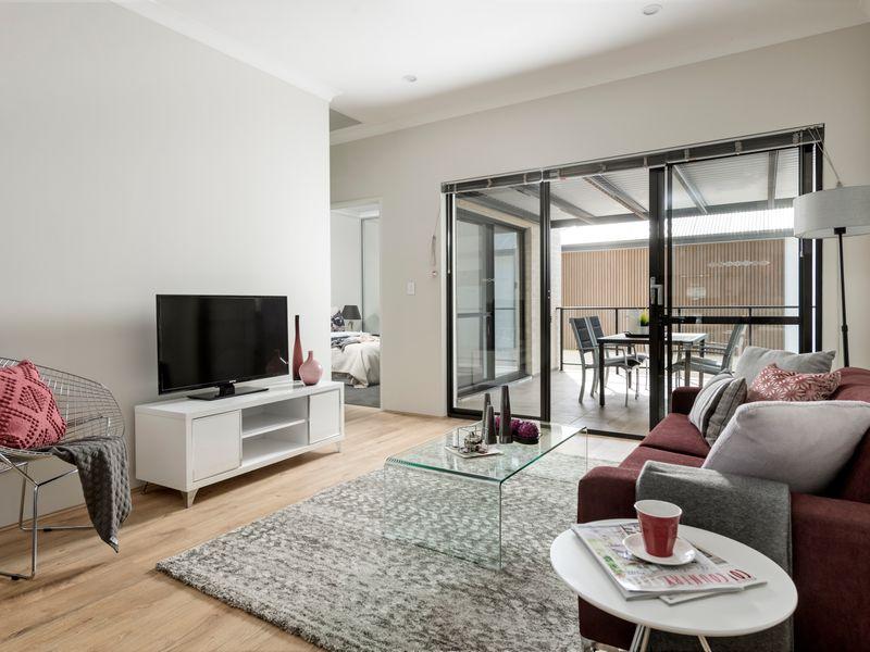 https://propertyphotos.vaultre.com.au/835/2335781__1572420333-3-reaimport-1568678573-347129-442175.jpg
