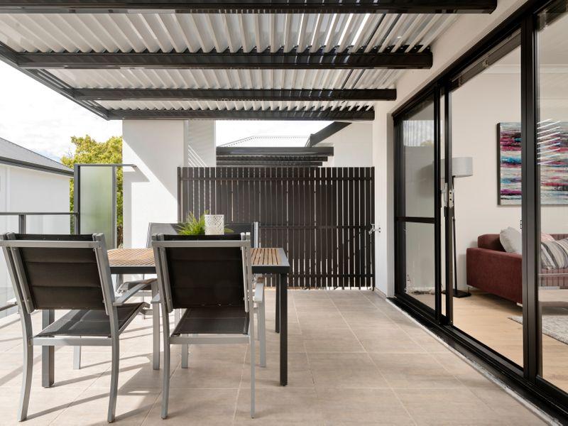 https://propertyphotos.vaultre.com.au/835/2335782__1572420333-4-reaimport-1568678574-347129-442175.jpg