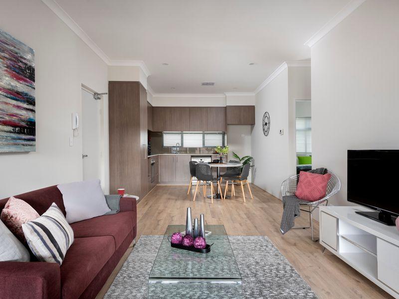 https://propertyphotos.vaultre.com.au/835/2335787__1572420333-9-reaimport-1568678570-347129-442175.jpg